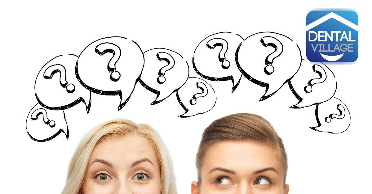 Due persone con punti di domanda sopra la testa